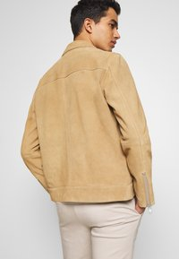 NN07 - TRON SUEDE RACER - Leather jacket - cognac - 2