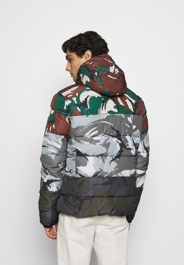 CAMO MIX SPORTS PUFFER - Winter jacket - multi-coloured