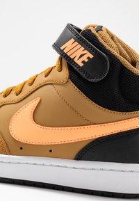 Nike Sportswear - COURT BOROUGH MID UNISEX - High-top trainers - wheat/orange pulse/black/white - 2