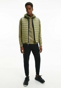Calvin Klein - CRINKLE VEST - Waistcoat - delta green - 1