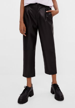 STRAIGHT-FIT - Pantaloni - black