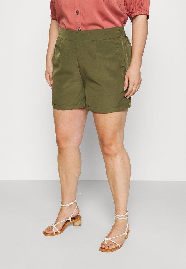 VMBIBI - Shorts - ivy green