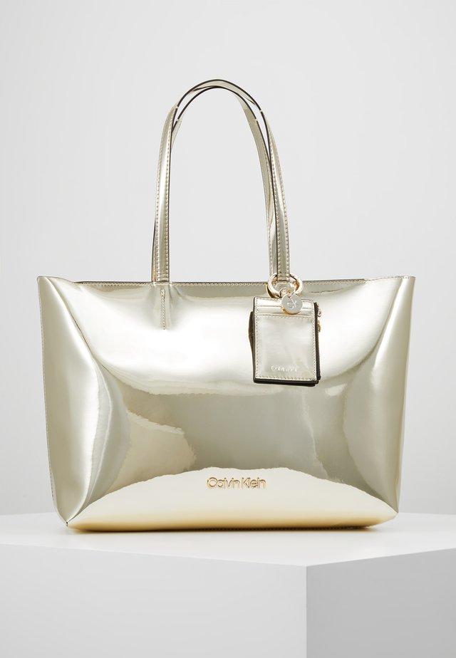MUST MED SHOPPER - Tote bag - gold
