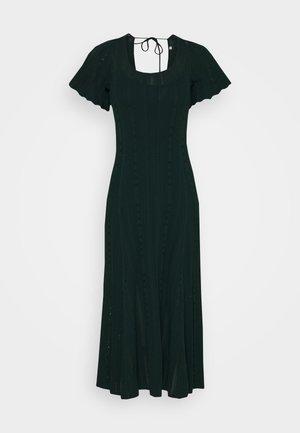 Strikket kjole - vert bouteille