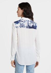 Desigual - BARCINO - Button-down blouse - white - 2