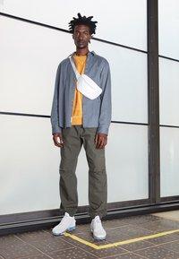 Nike Sportswear - AIR VAPORMAX 2020 FK UNISEX - Sneakers - white/summit white - 0