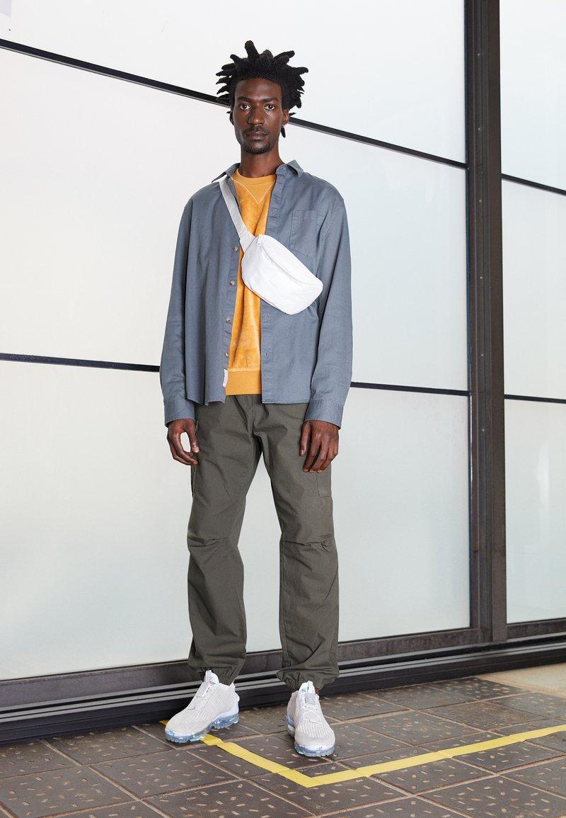 Nike Sportswear - AIR VAPORMAX 2020 FK UNISEX - Sneakers - white/summit white