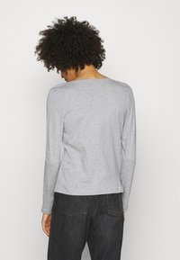 Tommy Hilfiger - REGULAR CLASSIC - Long sleeved top - grey - 2