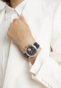 Versace Watches - SPORT TECH - Cronografo - black - 0