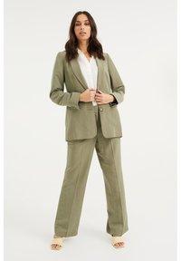 WE Fashion - Blazer - army green - 1