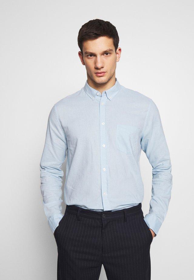 LIAM - Shirt - dream blue