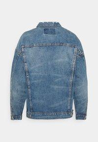 American Eagle - BOYFRIEND JACKET - Denim jacket - medium indigo - 1