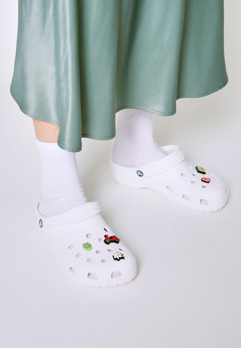 Crocs - JIBBITZ VACATION VIBES UNISEX 5 PACK - Overige accessoires - multi-coloured