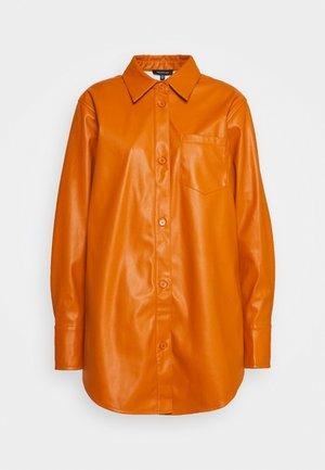 OVERSIZE  - Blouse - cognac orange