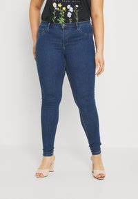 ONLY Carmakoma - CARFLORIA  - Jeans Skinny Fit - medium blue denim - 0
