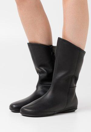 RIGN - Boots - black