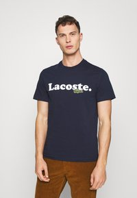Lacoste - TH1868 - T-shirt med print - marine - 0