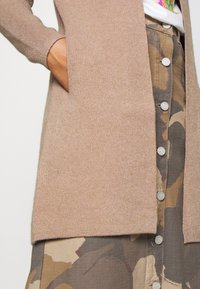 Morgan - BLOCK - Cardigan - camel - 5