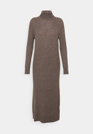 TURTLENECK MAXI DRESS - Jumper dress - heather brown