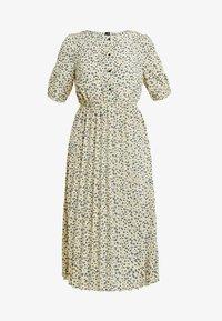 Vero Moda - VMMINNIE CALF DRESS - Robe chemise - mellow yellow - 5