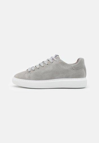 SLHOLIVER TRAINER - Sneakers basse - grey