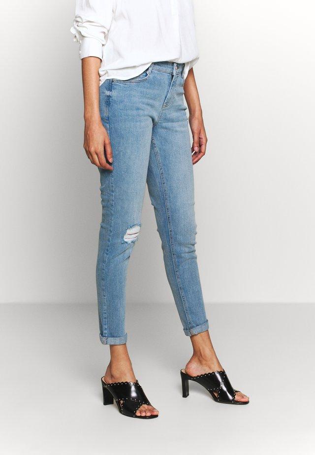 HARPER - Slim fit jeans - lightwash
