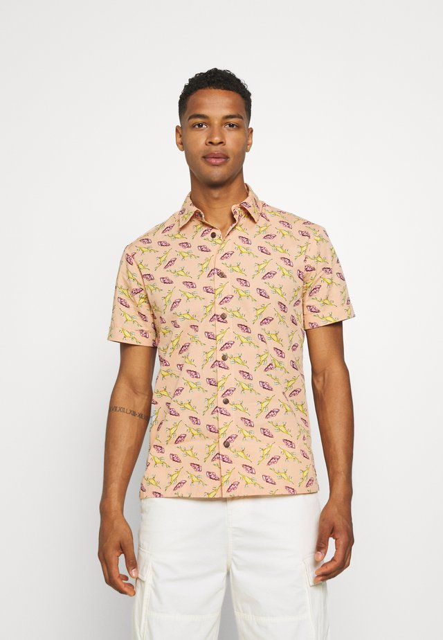 HAWAII FIT ALL OVER PRINTED SHORTSLEEVE - Camicia - salmon