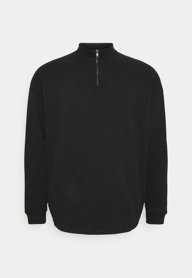 PLUS HALF ZIP FUNNEL NECK - Mikina na zip - black