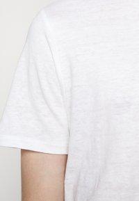 J.LINDEBERG - COMA - Basic T-shirt - white - 5