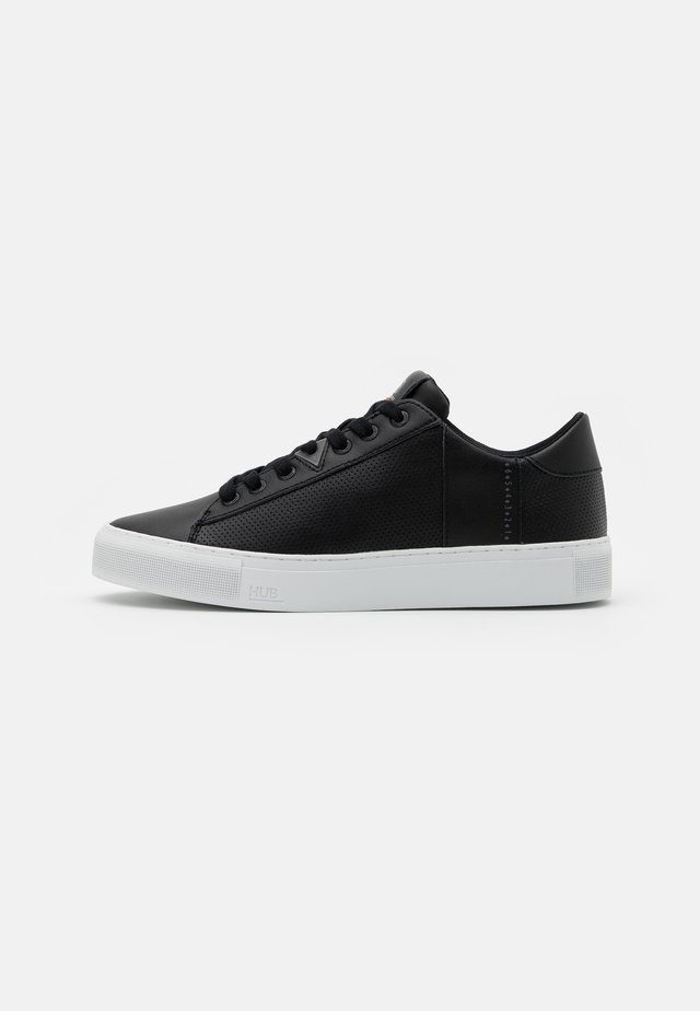 HOOK - Sneakers laag - black/white