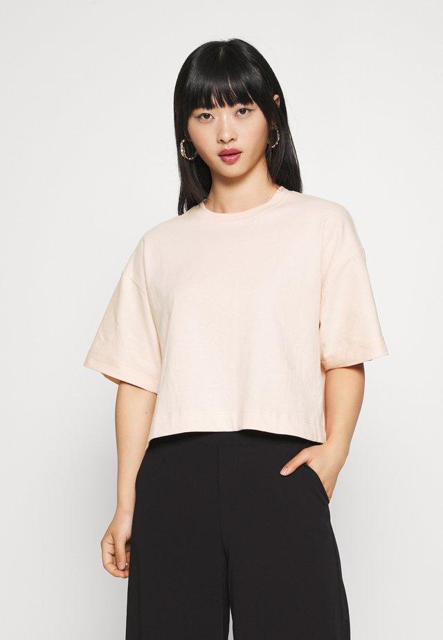 PANEL BOXY TEE - T-shirt basic - pink
