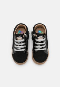 Shoo Pom - KIKKI BULLDOG - Chaussures premiers pas - black/silver - 3