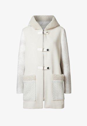 BJORN - Krótki płaszcz - white
