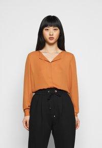 VILA PETITE - VILUCY SHIRT - Button-down blouse - adobe - 0