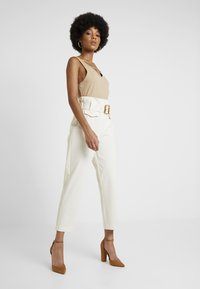 River Island - Bukse - cream - 1