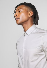 Filippa K - TIM OXFORD SHIRT - Shirt - light grey - 4