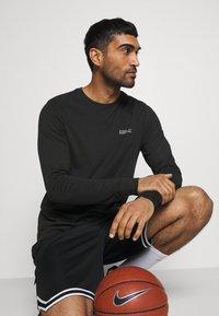 Nike Performance - LEBRON JAMES DRY TEE - Camiseta de deporte - black - 4