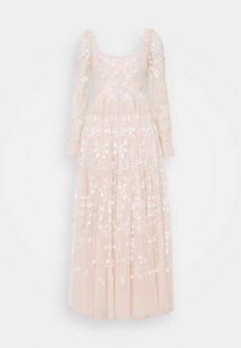 SWEET MARIE ANKLE GOWN - Společenské šaty - strawberry icing/white