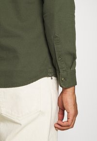 Only & Sons - ONSBRYCE LIFE - Overhemd - scarab - 5
