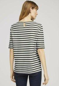 TOM TAILOR - Camiseta de manga larga - green horizontal stripe - 2