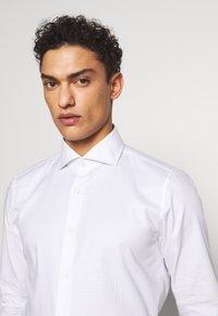 JOOP! - PANKO SLIM FIT - Formal shirt - light blue - 3