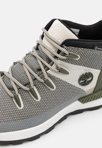 Timberland - SPRINT TREKKER MID WP ULTD - High-top trainers - white/green - 5
