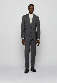 BOSS - JECKSON/LENON - Costume - open grey - 0