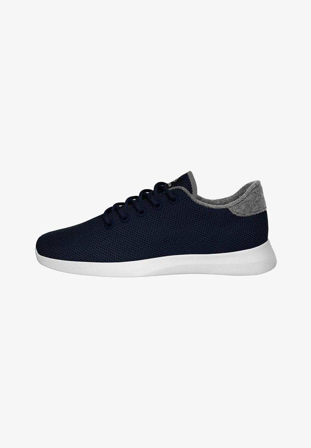 Sneakers laag - ocean blue