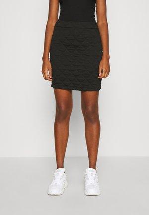 ONLSPIRIT SHORT SKIRT - Pouzdrová sukně - black