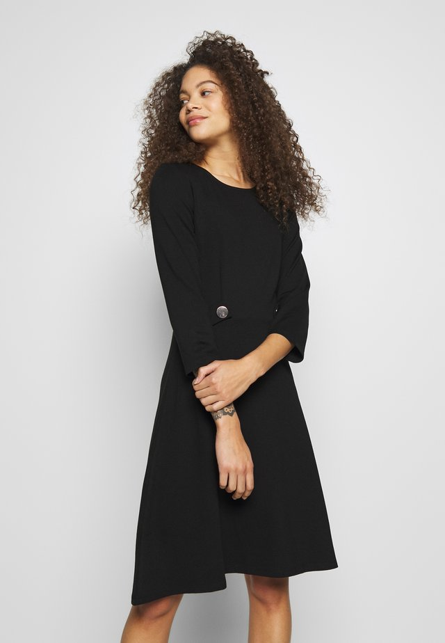 DRESS FIT&FLARE - Trikoomekko - black