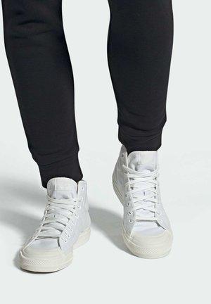 NIZZA - Baskets montantes - ftwr white/ftwr white/off white