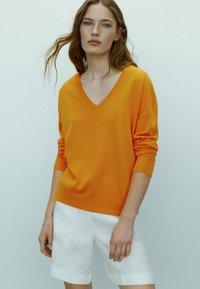 Massimo Dutti - Sweatshirt - orange - 1