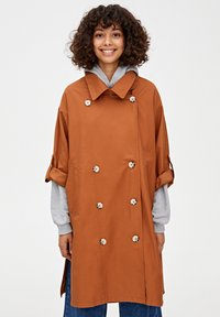 PULL&BEAR - Prochowiec - brown - 0