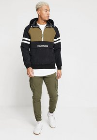 YOURTURN - Windbreaker - olive/black - 1
